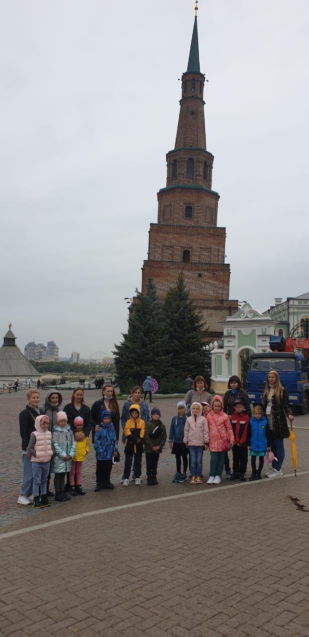 Экскурсия по историческим и памятным местам города Казани для школьников села Среднее Девятово (25 сентября 2021 года).