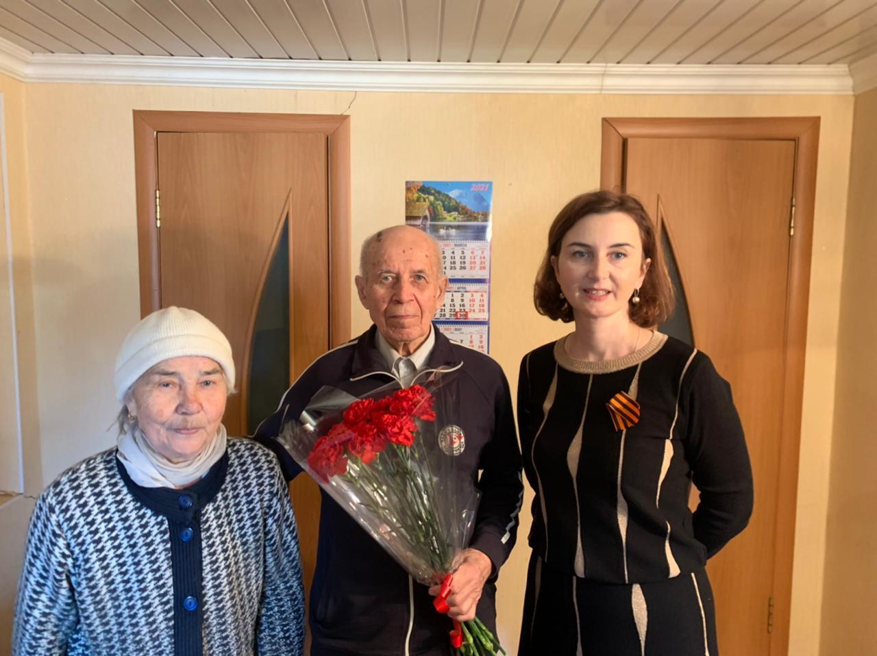 Поздравление ветеранов контрольно-финансовых органов республики (30 апреля 2021 года).